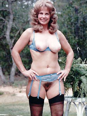 mature mom vintage pics