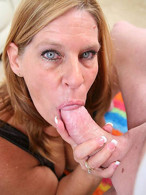 sexy naked mature blowjob handjob pics