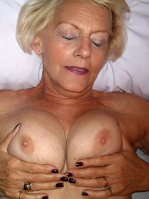 beautiful matured milfs nude pictures