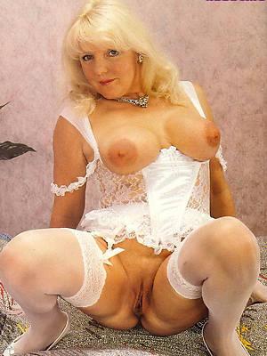 free vintage mature porn gallery