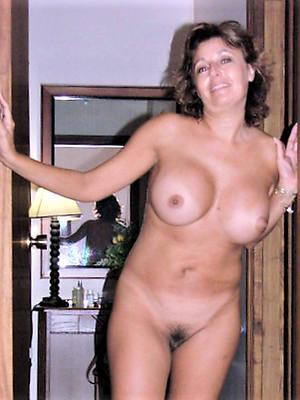mature chirpy breast porn pics