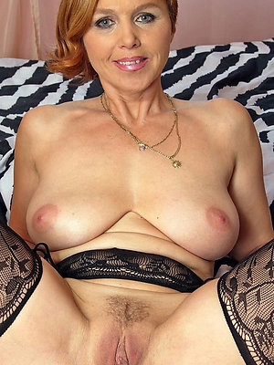beautiful sexy redheaded women