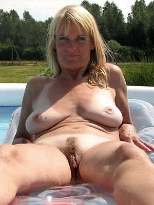 mature women with saggy tits love porn