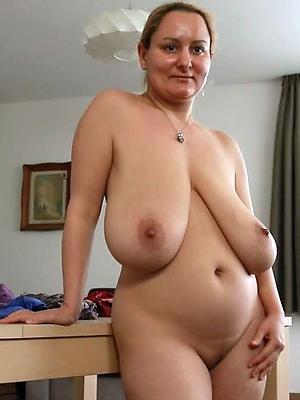 beauties mature women with saggy jugs pics