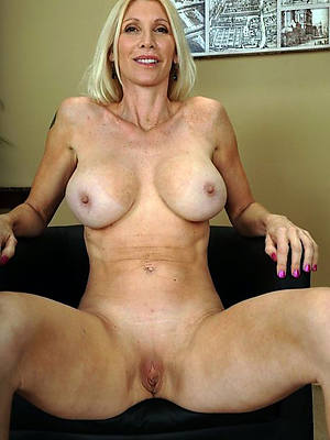 real mature mom porno pics