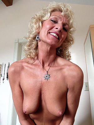 grown-up nudes over 50 foto