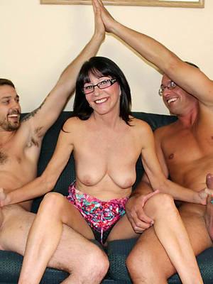 mature women threesome
