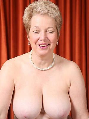 beautiful classic mature nude pics