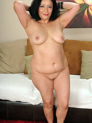 Bohemian amature chubby mature pictures