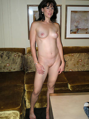 real mature housewives shows pussy