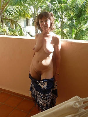 vacant women over 50 pictures