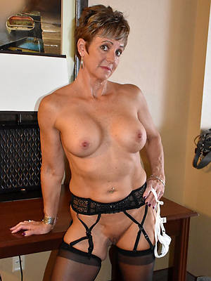 unclothed pics of xxx over 50 matures