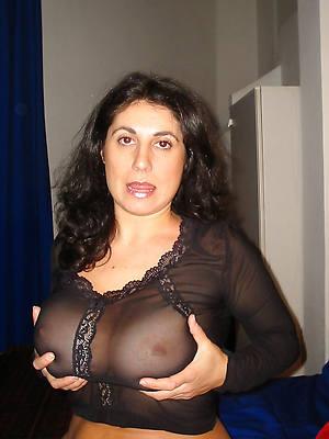 pics of hot mature girlfriend nude