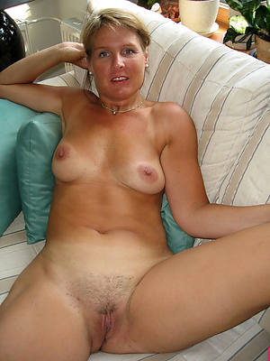 mature amateur solo photos