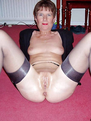 horny old column in nylons