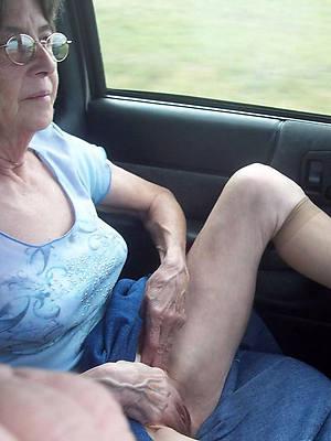 petite off colour grandma nude pics