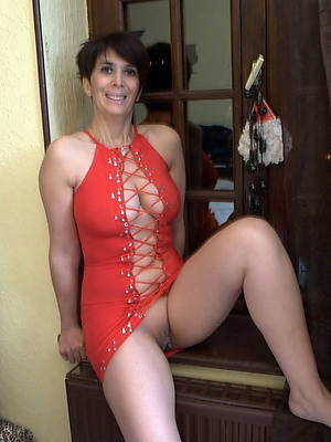 40 savoir faire old naked women amature adult home pics