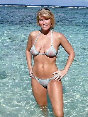 pics of of age amateur bikini