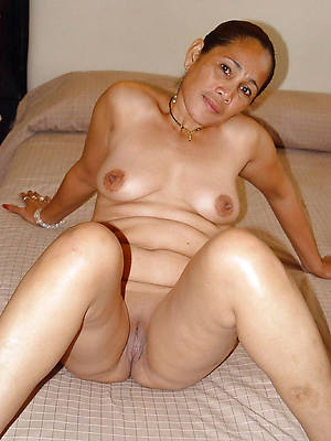 petite old filipina pussy revealed pics
