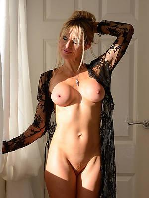 free amature beautiful mature breast