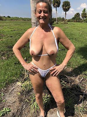 mature extreme bikini porn pics
