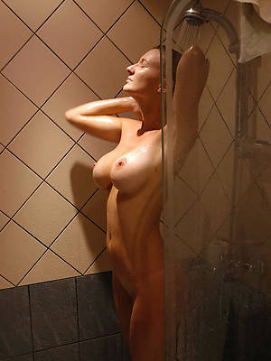 really naked mature battalion in shower porn
