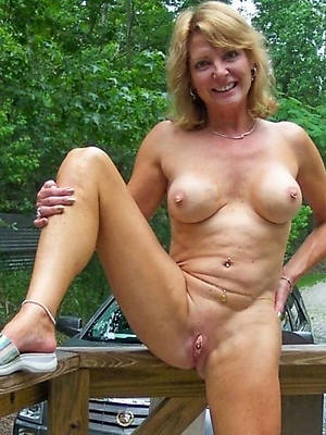 wet mature white pussy high def porn