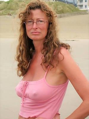 naked pics of grown up singles abandon 40