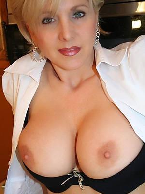 mature hot moms porno pictures