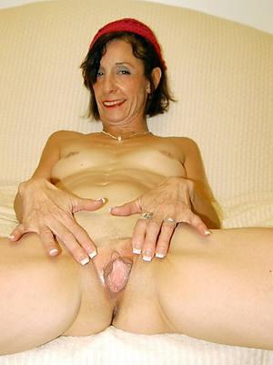 petite horny old body of men pics