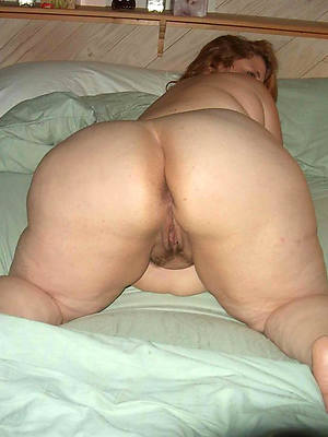 naked pics be incumbent on beloved beamy matured booty