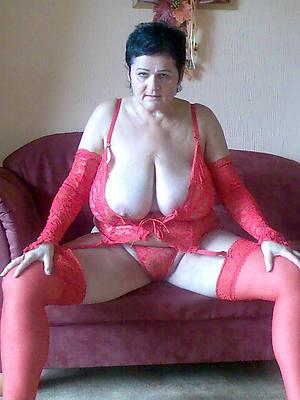 petite beautiful mature erotic photos