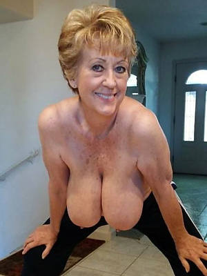 hot classic mature nudes porn