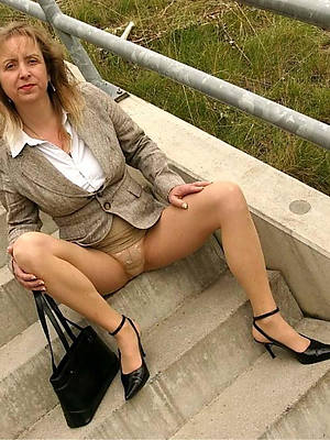 mature coition in pantyhose