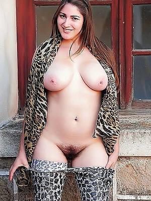 beautiful naked column over 30 pics