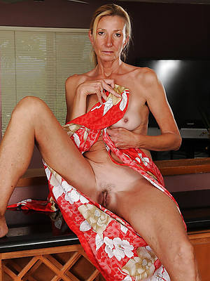 hot old women nude pictures