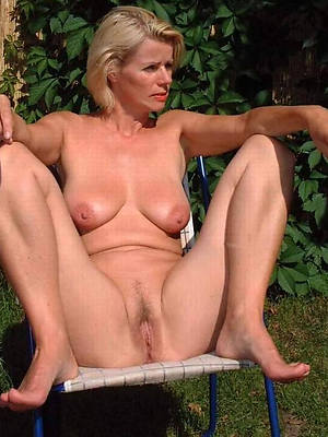 wet natural mature pussy homemade pics
