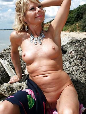 sex-crazed sexy mature milfs pics