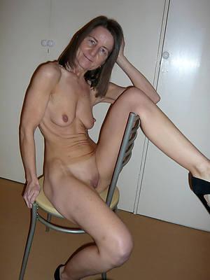 unorthodox pics of naked skinny full-grown women