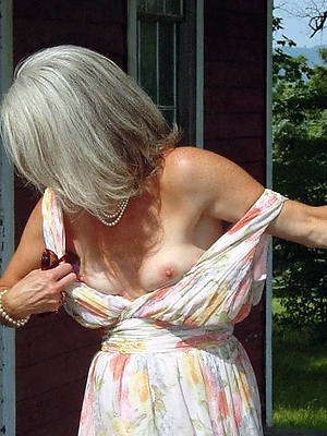 naughty skinny mature small chest free pics