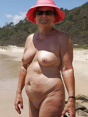 free pics of mature on nude shore