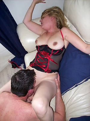 free pics of horny grown-up the rabble eating pussy