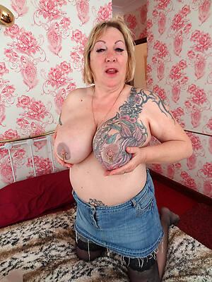 defoliate women to tattoos see porn pics