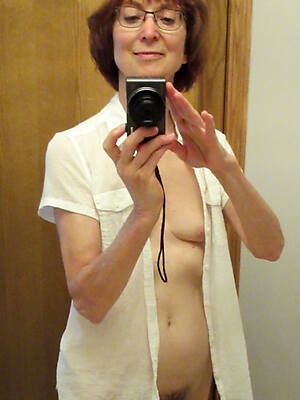 dirty mature amateur nude pics