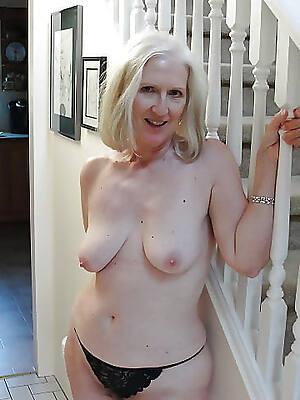 mediocre mature striptease pictures