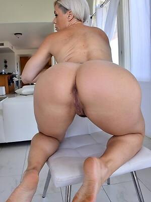 unconforming fat plunder mature milfs porn