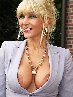 free pics of hot 40 added to mature