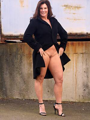 xxx pics of old horny naked women