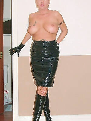 free porn pics of grown-up in latex