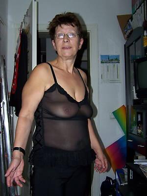 women off colour dresses espy porn pics
